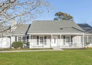 Foreclosed Home in Marietta 30066 OLD FARM WALK - Property ID: 4477365853