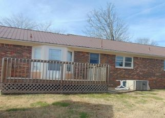 Foreclosed Home in Fayetteville 37334 MOONEYHAM RD - Property ID: 4477617237