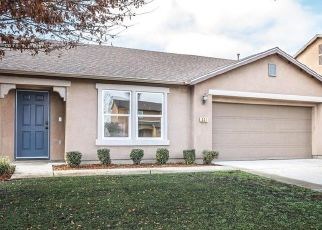 Foreclosed Home in Visalia 93292 S SOL CT - Property ID: 4477688182
