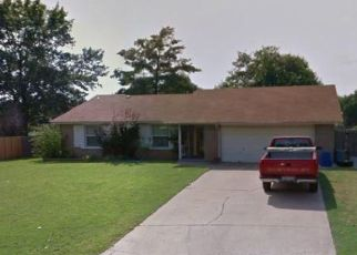 Foreclosed Home in Broken Arrow 74011 S HICKORY AVE - Property ID: 4477725418