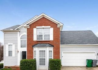 Foreclosed Home in Charlotte 28262 KILLARNEY PL - Property ID: 4477785425