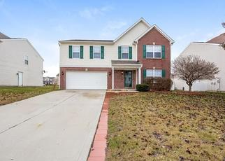 Foreclosed Home in Indianapolis 46229 YOUNG LAKE DR - Property ID: 4477902358