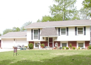 Foreclosed Home in Blackwell 74631 WILDWOOD LN - Property ID: 4478057402
