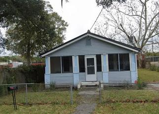 Foreclosed Home in Jacksonville 32254 MOTT ST - Property ID: 4478206764