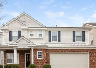 Foreclosed Home in Charlotte 28214 HARWOOD HILLS LN - Property ID: 4478217711