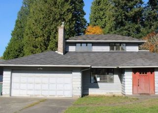 Foreclosed Home in Seattle 98166 SW 168TH ST - Property ID: 4478253171
