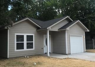 Foreclosed Home in Commerce 75428 PARK ST - Property ID: 4478274194