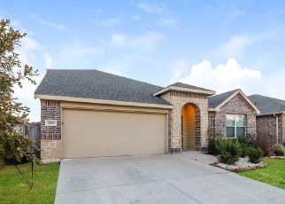 Foreclosed Home in Crowley 76036 RUSTLING OAKS DR - Property ID: 4478440189