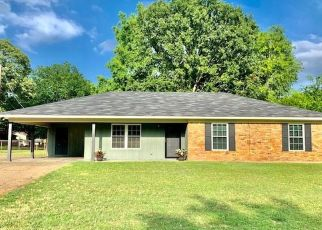 Foreclosed Home in Longview 75604 RUBY LN - Property ID: 4478443255