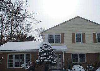 Foreclosed Home in Beachwood 44122 VAN AKEN BLVD - Property ID: 4478504127