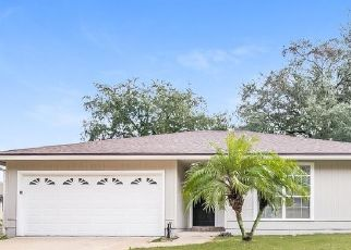 Foreclosed Home in Jacksonville 32225 LONG LAKE DR - Property ID: 4478559767
