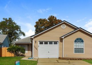 Foreclosed Home in Jacksonville 32225 MASTIN COVE RD - Property ID: 4478758611