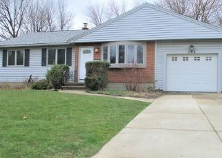 Foreclosed Home in Buffalo 14226 CORONATION DR - Property ID: 4478918461