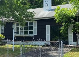 Foreclosed Home in Stony Point 10980 CLARK RD - Property ID: 4478928540