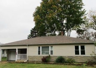 Foreclosed Home in Peoria 61605 S SCHMIDT AVE - Property ID: 4478983275