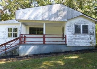Foreclosed Home in Walland 37886 ROCKY BRANCH RD - Property ID: 4479009565