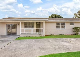Foreclosed Home in Orlando 32825 S CHICKASAW TRL - Property ID: 4479021384