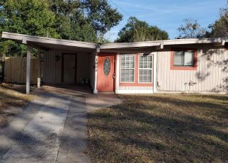 Foreclosed Home in Jacksonville 32211 BANBURY RD - Property ID: 4479028391