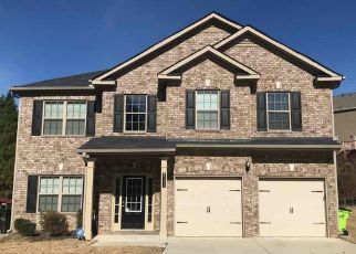 Foreclosed Home in Fairburn 30213 DODSON WOODS DR - Property ID: 4479030134