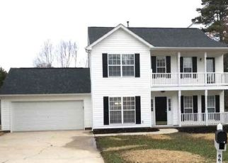 Foreclosed Home in Charlotte 28269 WHITE MIST LN - Property ID: 4479049414