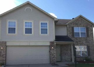 Foreclosed Home in Indianapolis 46239 TREYBURN GREEN DR - Property ID: 4479261395