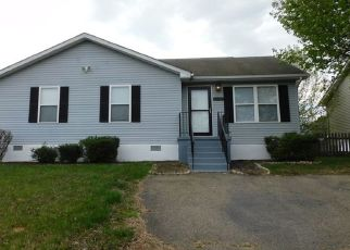 Foreclosed Home in Great Mills 20634 LEXINGTON DR - Property ID: 4479443146