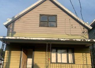 Foreclosed Home in Buffalo 14212 SWEET AVE - Property ID: 4479564927