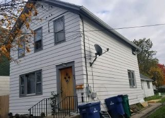 Foreclosed Home in Buffalo 14207 FARMER ST - Property ID: 4479695431