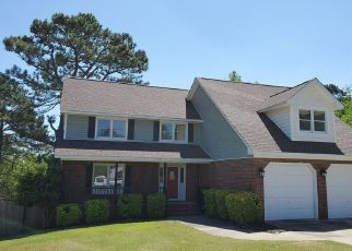 Foreclosed Home in Fayetteville 28311 LIONEL LN - Property ID: 4479862741
