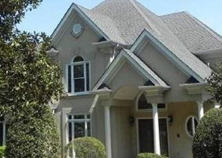 Foreclosed Home in Charlotte 28226 WATERFORD DR - Property ID: 4479868429