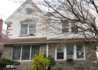 Foreclosed Home in Lansdowne 19050 WHITBY AVE - Property ID: 4479960398