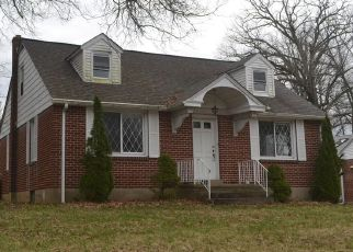 Foreclosed Home in Sellersville 18960 BETHLEHEM PIKE - Property ID: 4480099233