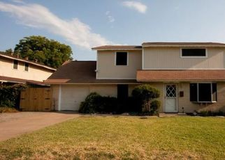 Foreclosed Home in Irving 75060 W 11TH ST - Property ID: 4480136466