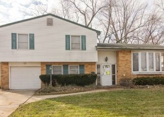Foreclosed Home in Palatine 60074 E ALISON DR - Property ID: 4480155294