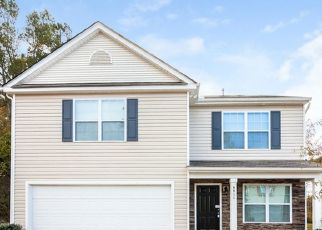 Foreclosed Home in Charlotte 28269 NATHAN DR - Property ID: 4480221885