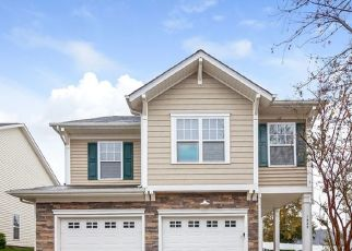 Foreclosed Home in Charlotte 28214 CRABAPPLE TREE LN - Property ID: 4480223179