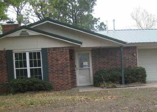 Foreclosed Home in Duncan 73533 CLOVER CIR - Property ID: 4480243781