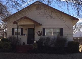 Foreclosed Home in Alva 73717 LOCUST ST - Property ID: 4480252535