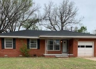 Foreclosed Home in Cordell 73632 N GRANT ST - Property ID: 4480273105