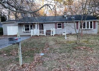 Foreclosed Home in Medford 11763 SIPP AVE - Property ID: 4480442164