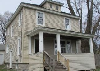 Foreclosed Home in Mayfield 12117 2ND AVE - Property ID: 4480500424