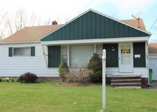 Foreclosed Home in Euclid 44132 FULLERWOOD DR - Property ID: 4480543346