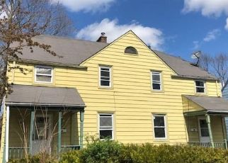 Foreclosed Home in New London 06320 LINCOLN AVE - Property ID: 4480551671