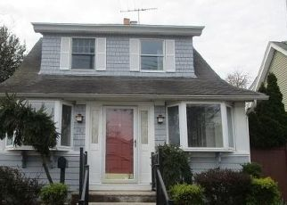 Foreclosed Home in Staten Island 10306 GREELEY AVE - Property ID: 4480555166
