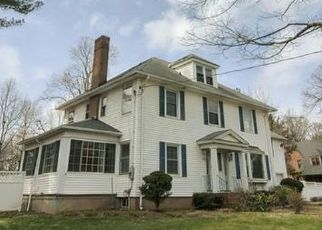 Foreclosed Home in Bloomfield 06002 BLOOMFIELD AVE - Property ID: 4480565686