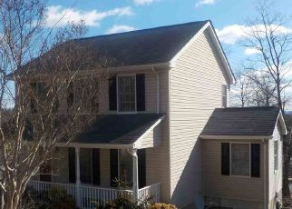 Foreclosed Home in Staunton 24401 ESSEX DR - Property ID: 4480582321