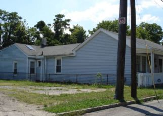 Foreclosed Home in Richmond 23225 W 21ST ST - Property ID: 4480588455