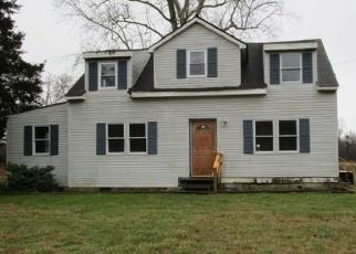Foreclosed Home in Gloucester 23061 DAVENPORT RD - Property ID: 4480593266