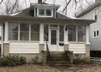 Foreclosed Home in Mattoon 61938 PRAIRIE AVE - Property ID: 4480615166