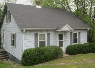 Foreclosed Home in Lancaster 40444 HIGH BRIDGE RD - Property ID: 4480618681